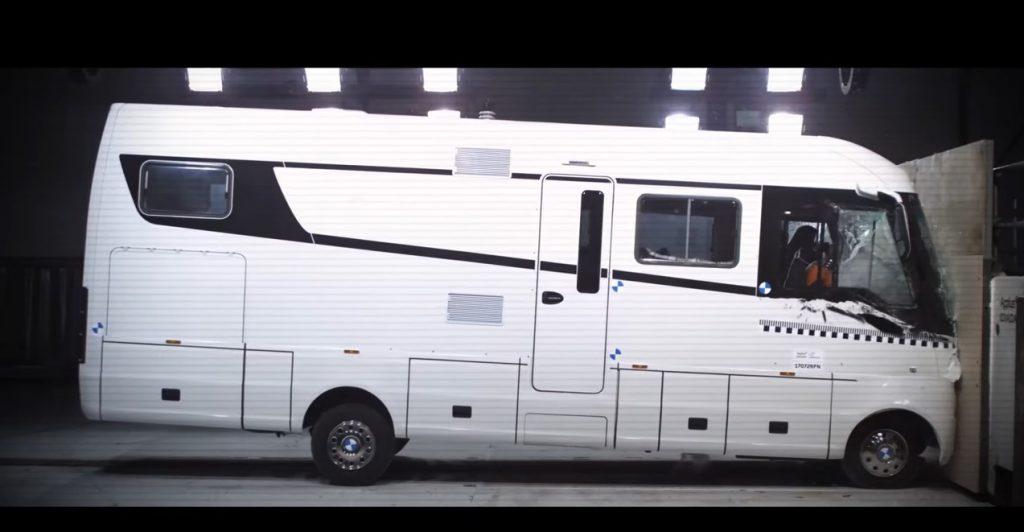 Video: Crash Test Film Niesmann + Bischoff