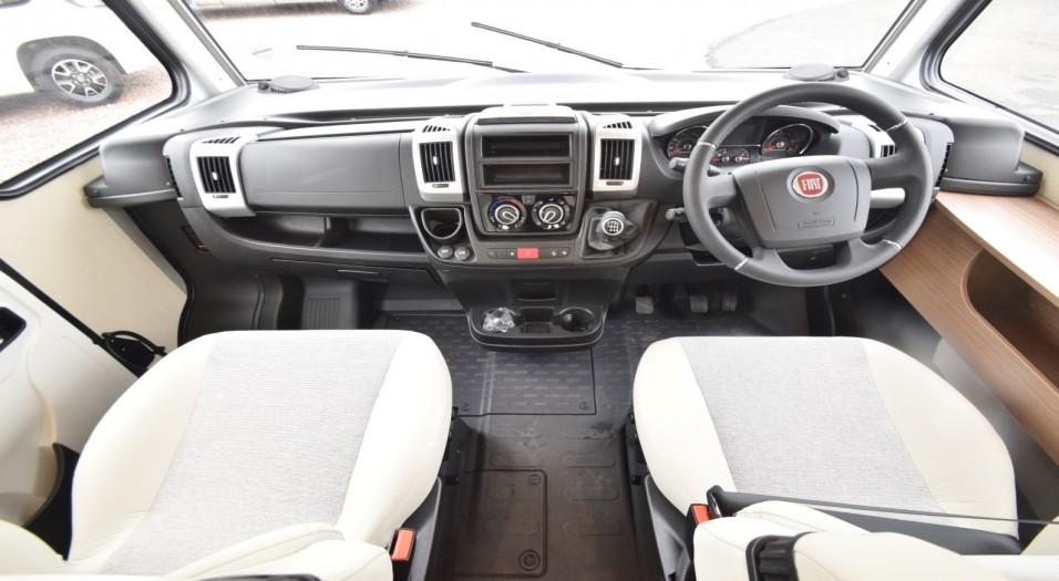Carado I Serie 449 Interior Dashboard