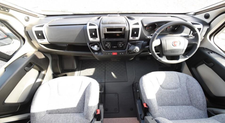 Dethleffs Globebus T6 Interior Dashboard