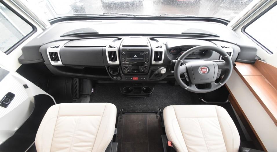 Dethleffs Globetrotter XLI 7850 EB Interior Dashboard