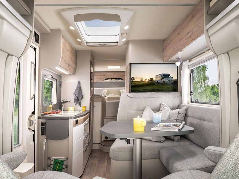 Exsis-t 580 interior lounge to rearImage