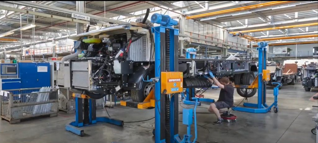 Video: Building A Flair in 4 Minutes at Niesmann + Bischoff Factory